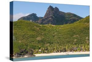 Naviti Island, Yasawa, Fiji, South Pacific by Michael Runkel