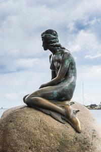 Statue of the Little Mermaid, Copenhagen, Denmark, Scandinavia, Europe by Michael Runkel