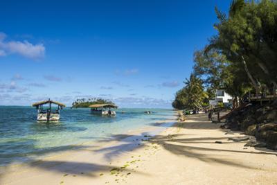 White sand beach and turquoise waters, Muri beach, Rarotonga and the Cook Islands, South Pacific, P