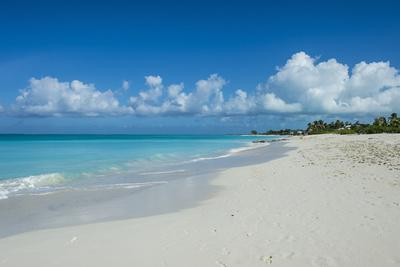 World famous white sand on Grace Bay beach, Providenciales, Turks and Caicos, Caribbean