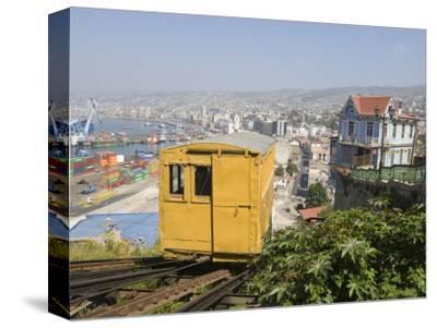 Funicular, Valparaiso, Chile, South America