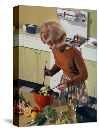 Kitchen Scene, Warwick, Warwickshire, 1966