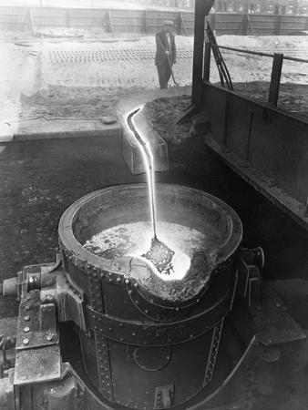 Molten Steel, Park Gate Iron and Steel Co, Rotherham, South Yorkshire, April 1955