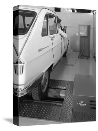 Renault 16 Tl Automatic on a Laycock Brake Testing Machine, Sheffield, 1972