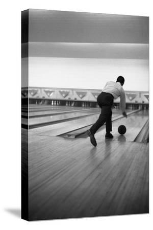Ten Pin Bowling, Sheffield, South Yorkshire, 1964