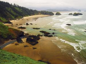 Crescent Beach from Ecola State Park, Oregon, USA by Michel Hersen