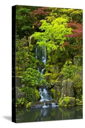 Heavenly Falls, Portland Japanese Garden, Portland, Oregon, USA