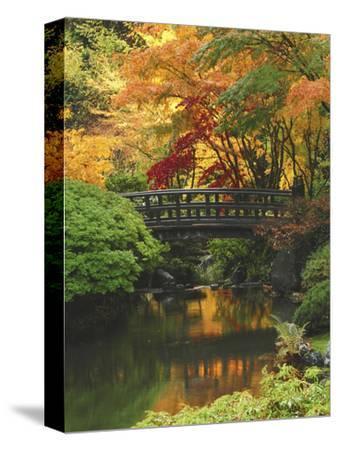 Moon Bridge in Autumn: Portland Japanese Garden, Portland, Oregon, USA
