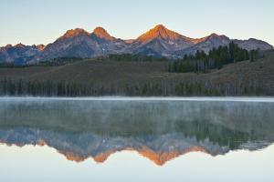 Sunrise at Sawtooth Mts, Little Redfish Lake, Stanley, Idaho by Michel Hersen