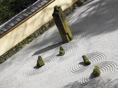 Zen Garden, Portland Japanese Garden, Portland, Oregon, USA by Michel Hersen