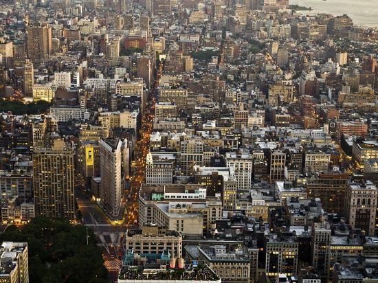 michel-setboun-aerial-view-of-manhattan-nyc