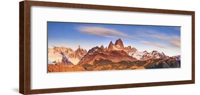 Argentina, Patagonia, El Chalten, Los Glaciares National Park, Cerro Torre and Cerro Fitzroy Peaks