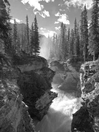 Athabasca Falls Waterfall, Jasper National Park, Alberta, Canada