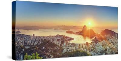 Brazil, Rio De Janeiro, View of Sugarloaf and Rio De Janeiro City