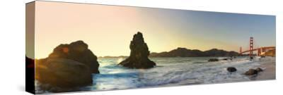 California, San Francisco, Baker's Beach and Golden Gate Bridge, USA