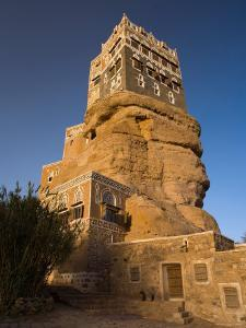 Dar Al Hajar, Wadi Dhar, Yemen by Michele Falzone