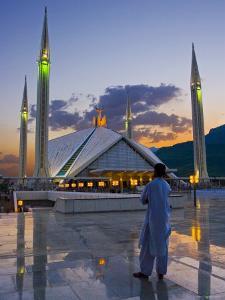 Faisal Mosque, Islamabad, Pakistan by Michele Falzone