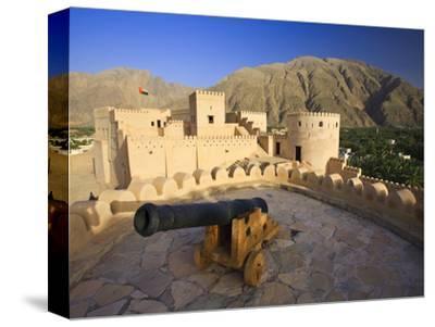 Oman, Nakhal, Nakhal Fort