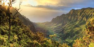USA, Hawaii, Kauai, Na Pali Coast, Kalalau Valley by Michele Falzone