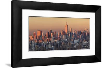 Usa, New York City, Manhattan Skyline from Brooklyn