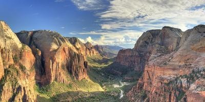 USA, Utah, Zion National Park, Zion Canyon from Angel's Landing