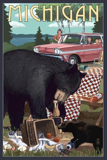 Michigan - Bear and Picnic Scene-Lantern Press-Art Print