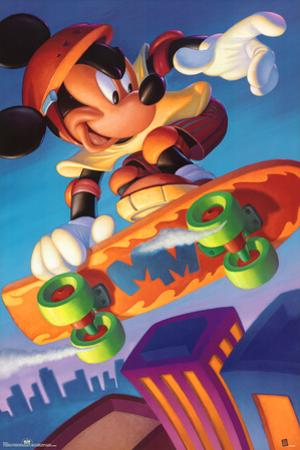 Mickey Mouse Skateboarding