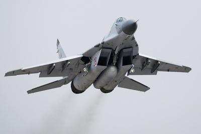 https://imgc.artprintimages.com/img/print/mig-29-fighter-jet_u-l-pzj30f0.jpg?p=0