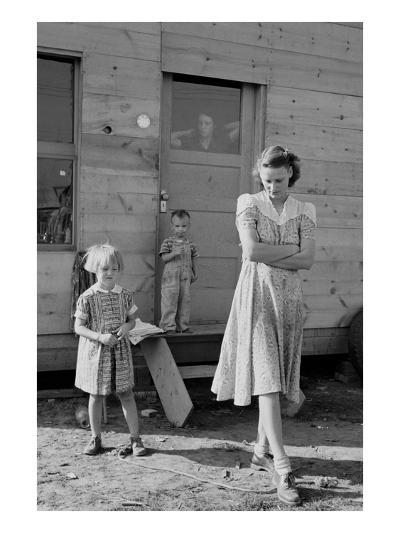 Migrant Mother and Children-Dorothea Lange-Art Print