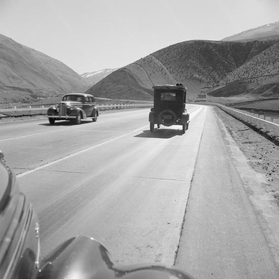 Migrants driving on Highway 99, 1939-Dorothea Lange-Photographic Print