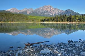 Patricia Lake by Mike Grandmaison