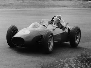 Mike Hawthorn in the Dutch Grand Prix, Zandvoort, 1958