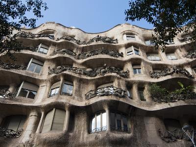 Mila House (Or La Pedrera) by Antoni Gaudi, UNESCO World Heritage Site, Barcelona, Spain-Nico Tondini-Photographic Print