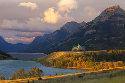 The Prince of Wales Hotel at Sunrise, Waterton Lakes National Park, Alberta, Canada, North America