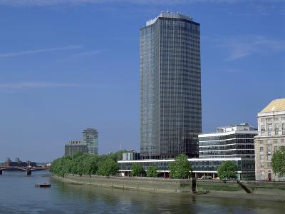 Millbank Tower, London-Peter Thompson-Photographic Print
