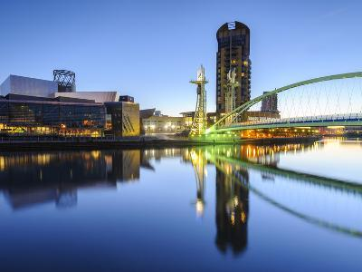 Millennium Bridge and Lowry Centre at Dawn, Salford Quays, Manchester, Greater Manchester, England-Chris Hepburn-Photographic Print
