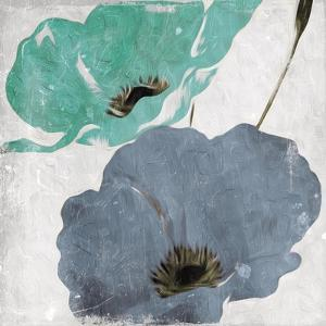 Floral Teal and Blue Hues Mate by Milli Villa