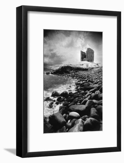 Minard Castle, County Kerry, Ireland-Simon Marsden-Framed Giclee Print