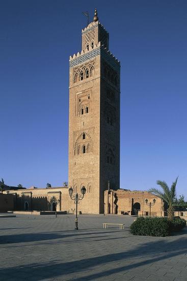 Minaret of Koutoubia Mosque or Kutubiyya Mosque, Marrakech Medina , Marrakech-Tensift-El Haouz--Giclee Print
