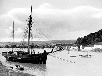 Minehead from the Harbour Wall, Somerset, 1924-1926-E Bastard-Giclee Print