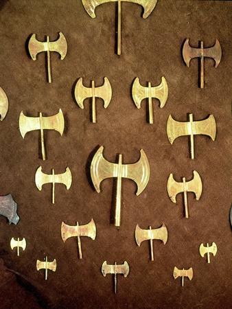 https://imgc.artprintimages.com/img/print/miniature-double-axes-from-the-cave-of-arkalochori-circa-1500-bc_u-l-o2h590.jpg?p=0