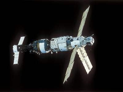 Mir Space Station-Ria Novosti-Photographic Print