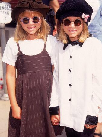 """Twin Actresses Mary Kate and Ashley Olsen at the Film Premiere of """"Alaska"""""""