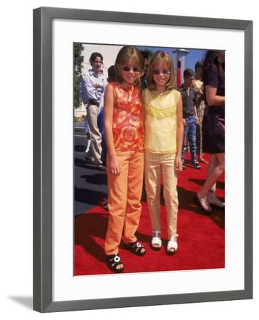 """Twin Actresses Mary Kate and Ashley Olsen at the Film Premiere of """"Honey I Shrunk the Kids"""""""