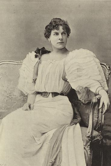 """Miss Jessie Millward, as Margaret Marrable, in """"The Fatal Card""""--Photographic Print"""