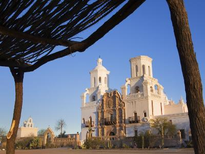 Mission San Xavier Del Bac, Tucson, Arizona, United States of America, North America-Richard Cummins-Photographic Print