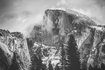 https://imgc.artprintimages.com/img/print/misty-half-dome-at-yosemite-california_u-l-q1g8wov0.jpg?p=0