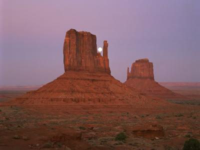 Mittens in the Navajo Reservation in Monument Valley, Utah, USA-Gavin Hellier-Photographic Print