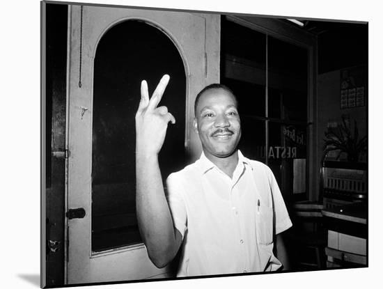 MLK St Augustine Boycott 1964--Mounted Photographic Print