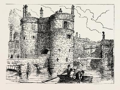 Moat and Entrance Tower of the Tower of London--Giclee Print
